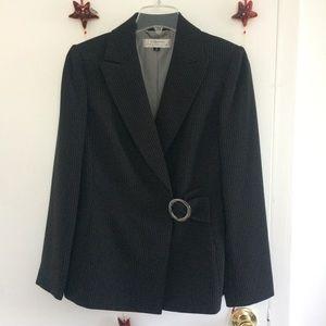 TAHARI Arthur S. Levine Side Belted Blazer | 8